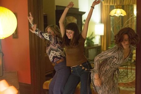 Main still of kristen wiig and bel powley in the diary of a teenage girl  2015