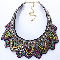 Отзыв на Ожерелье Aliexpress New Colorful Fashion Leaf Rhinestone Resin Short Women Collar Choker Necklace Statement Jewelry N25711