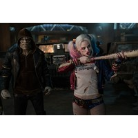 Review suicide squad